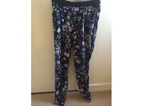 Pull and bear trousers size Small