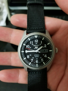 Seiko SNZG15K1 worn only once