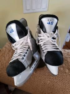 CCM 48 hockey skates size 6