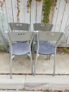 FREE- 4 Chair Glass Kitchen Table Set on Curb Side