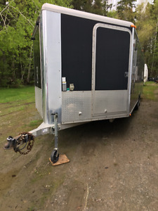 2005 Aluminum Enclosed Trailer