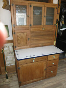 SOLID COMPLETE HOOSIER CABINET CUPBOARD LOADED EXCELLENT