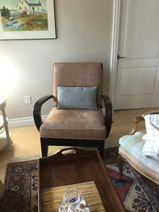 ***Attractive and Comfortable Chair***
