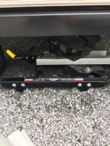 Attache de roulotte (sellette) 18 K neuve de marque pullrite