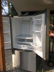Brand New Whirlpool 33 Inch French Door Refrigerator