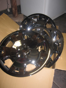 17 Inch Hubcaps - Chrome Finish