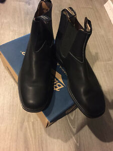 Brand New Black Chisel Toe Blundstones