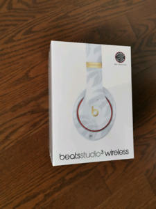 beats studio 3 wireless toronto raptors edition headphones