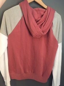 Pink by VS sweater Stratford Kitchener Area image 2