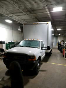 2000 F550 Superduty box truck