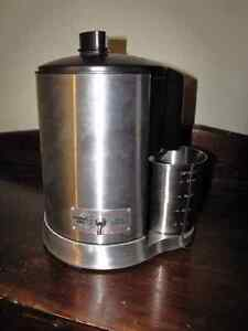 Warning Pro Stainless Steel Juicer Extractor