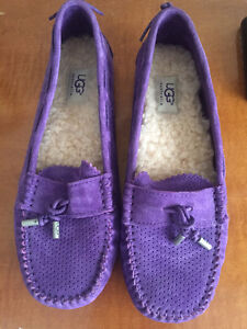 Uggs loafers brand new
