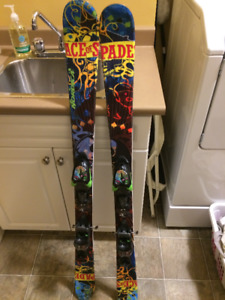 Nordica Ace of Spades 128cm kids skis. now reduced to 90.00