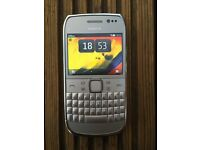 Nokia E6-00 Silver 8GB UNLOCKED