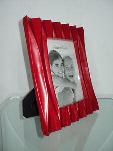 CLAIR DE LUNE RED MODERN PHOTO/PICTURE FRAME - NEW WITH TAGS Cornwall Ontario image 5
