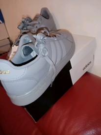 ADIDAS GRAND COURT SIZE 10.5 IN grey