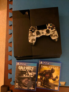 Ps4 500 g with 2 games