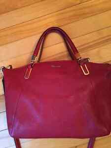 Authentic Coach Kelsey satchel in Red Scarlet