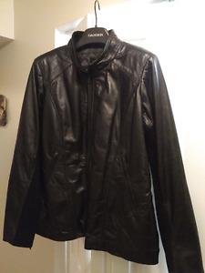NWOT Danier leather jacket. XXL (size 16-18)