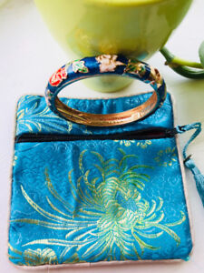 Chinese Cloisonne Bangle  with Embroidary zip bag