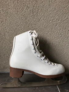 Glacier 120 Woman's Skates (like new)