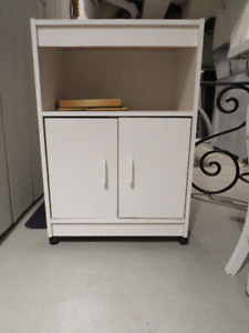 Small Multipurpose furniture ON WHEELS