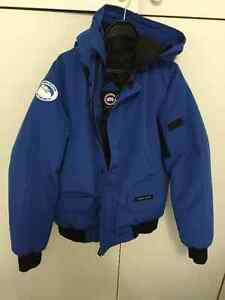 Canada Goose kensington parka online official - Canada Goose Chilliwack Bombers | Kijiji: Free Classifieds in ...