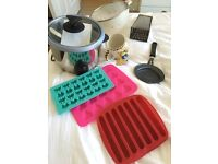 Kitchenware set - rice cooker, ice trays and more