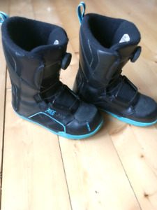 Ride youth snowboard boots
