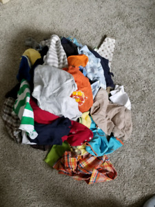 Baby boy clothes 6 and 9 months $5