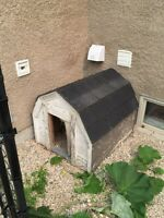 Insulated dog house, very well built