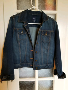 Medium GAP jean jacket
