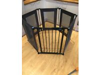 Sold stc Lindam play pen/ room divider