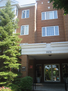 * GORGEOUS 3 1/2 ROOM APARTMENT IN ST-LAURENT MONTREAL $999.99 *