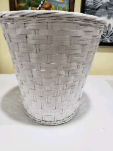 White Wicker Garbage Can