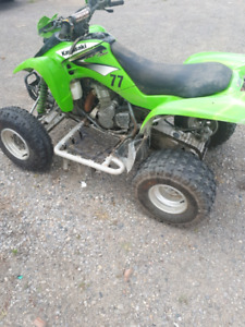 2004 KFX 400 5 SPEED REVERSE ELECTRIC START READY TO RIDE.