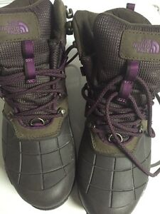 The north face boots size 6