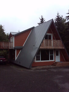 Moncton North, extra large lot with hot tube