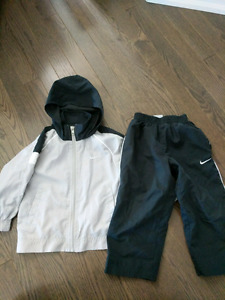 Boys 2T Nike jacket/splashpants- GUC- $15