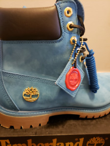 "Limited Edition Timberland 6"" Boots - Blue - Men's Size 9M"