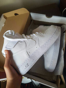 White Nike Air Force 1 Size 8 Never Worn