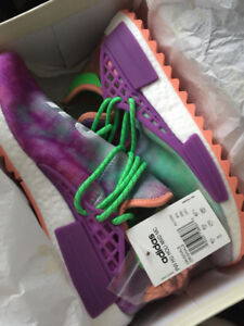 """Pharrell """"Holi Festival Chalk Coral"""" NMD Size 9, DS!"""