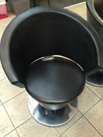 Hairdressing chair reduced for quick sale ! City of Montréal Greater Montréal Preview