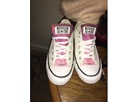 Converse women's shoes size 5.5 never worn