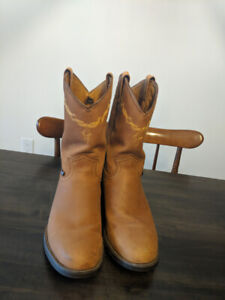 768d3022bd6 Wellington Boots   Buy New & Used Goods Near You! Find Everything ...