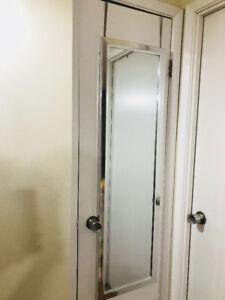 Hanging Door Mirror - Easily hangs over any door