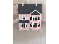 Sue Ryder Dolls House (REDUCED!!!!!)
