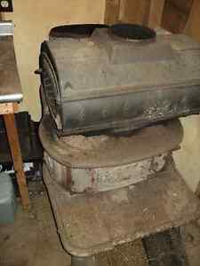 Very old Acorn or Waterloo #3 wood stove