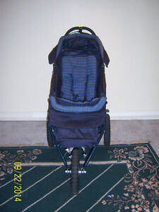 Dorel 3 Wheel Stroller Kitchener / Waterloo Kitchener Area image 2