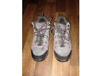 Karrimor Girls Walking boots size 1